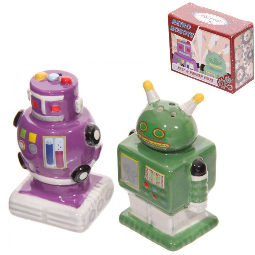 Robots retro salt and pepper Salt and pepper robots