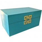 Oriental box in lacquered wood