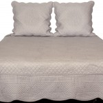 Provencal boutis 230 x 250 cm with pillowcases color Linen